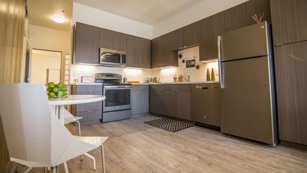 Lumina-Denver-CO-Kitchen-Unilodgers