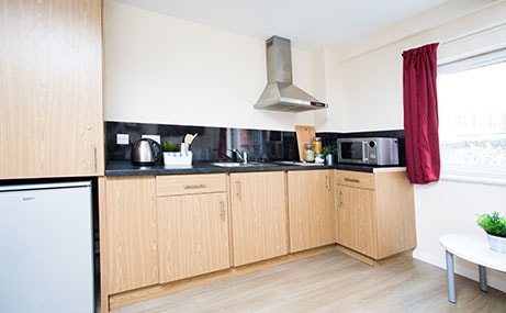 Manor-Bank-Newcastle-Upon-Tyne-Kitchen-Unilodgers