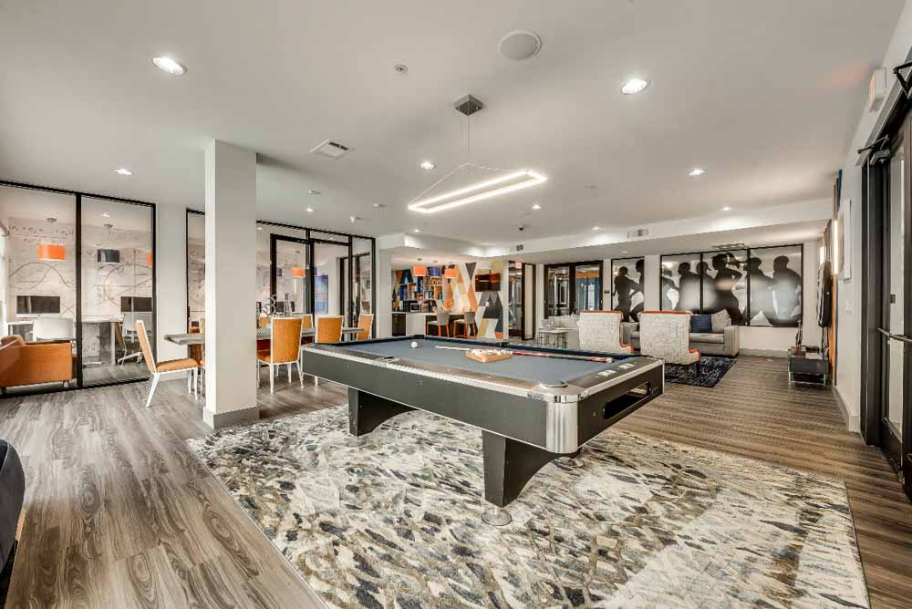 Maverick-Place-Arlington-TX-Pool-Table-Unilodgers