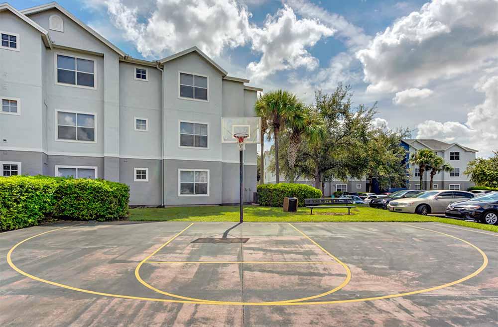 Mercury-3100-Orlando-FL-Basketball-Court-Unilodgers