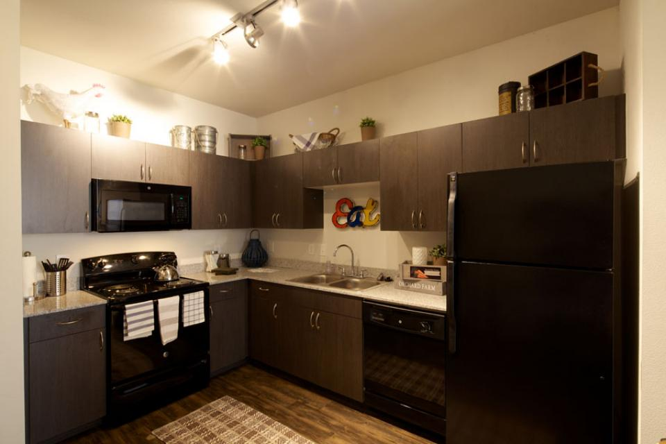 Mustang-Ranch-Stephenville-TX-Kitchen-Unilodgers