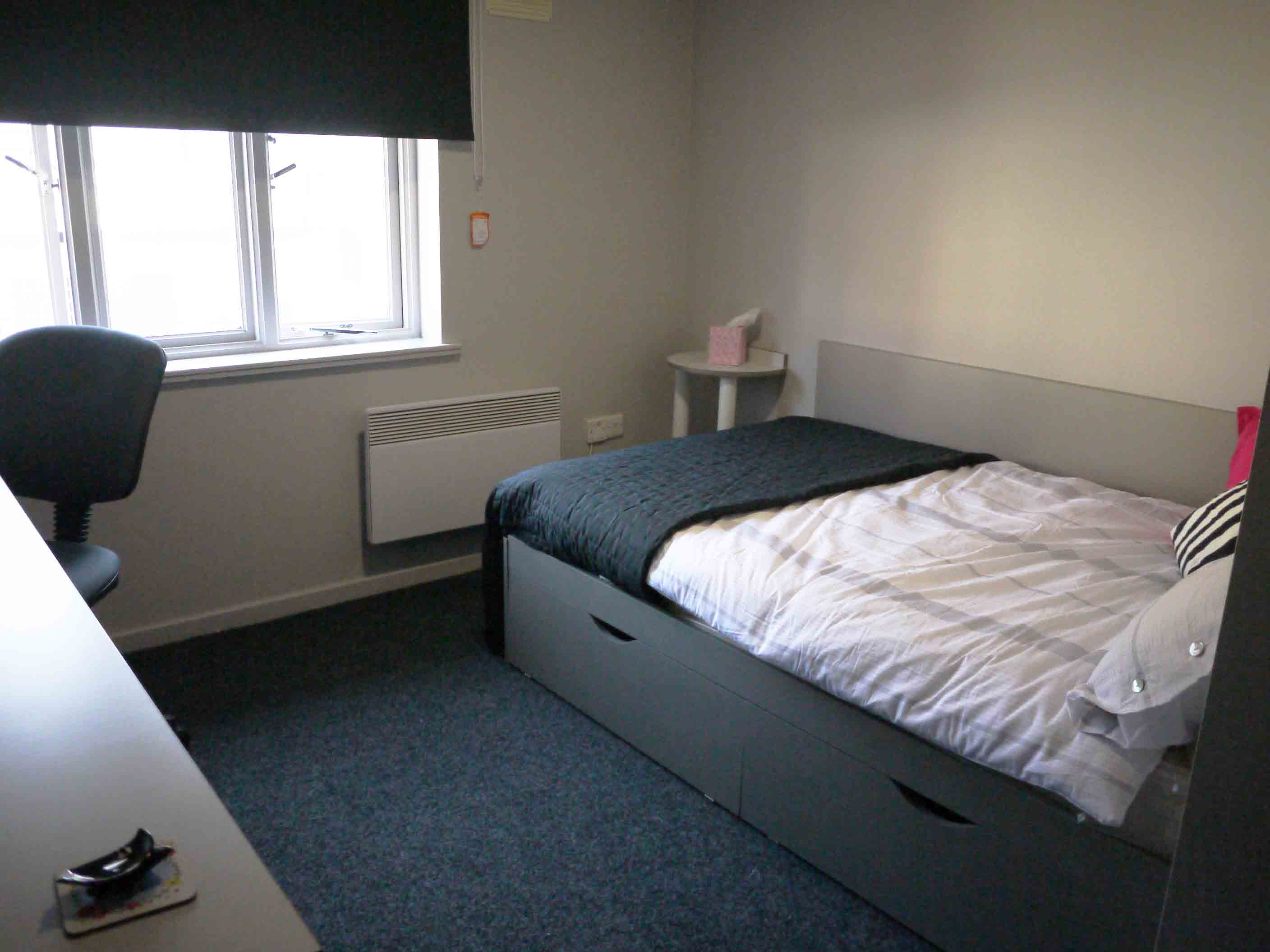 Myrtle-Street-Liverpool-Bedroom-Unilodgers
