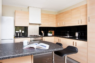 Nelson-House-And-Drake-House-Kitchen-Unilodgers