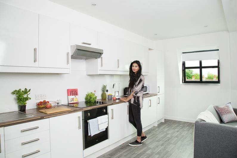 Nido-Castle-Hill-Cambridge-Kitchen-Area-2-Unilodgers