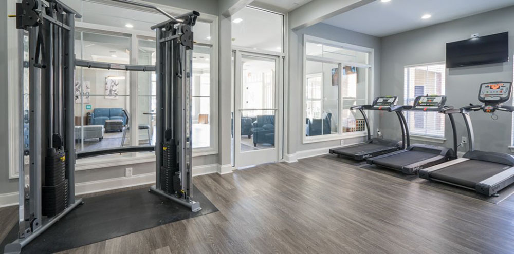 Oakbrook-Apartments-Baton-Rouge-LA-Gym-Unilodgers