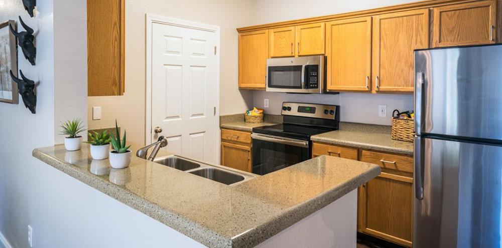 Oakbrook-Apartments-Baton-Rouge-LA-Kitchen-Unilodgers