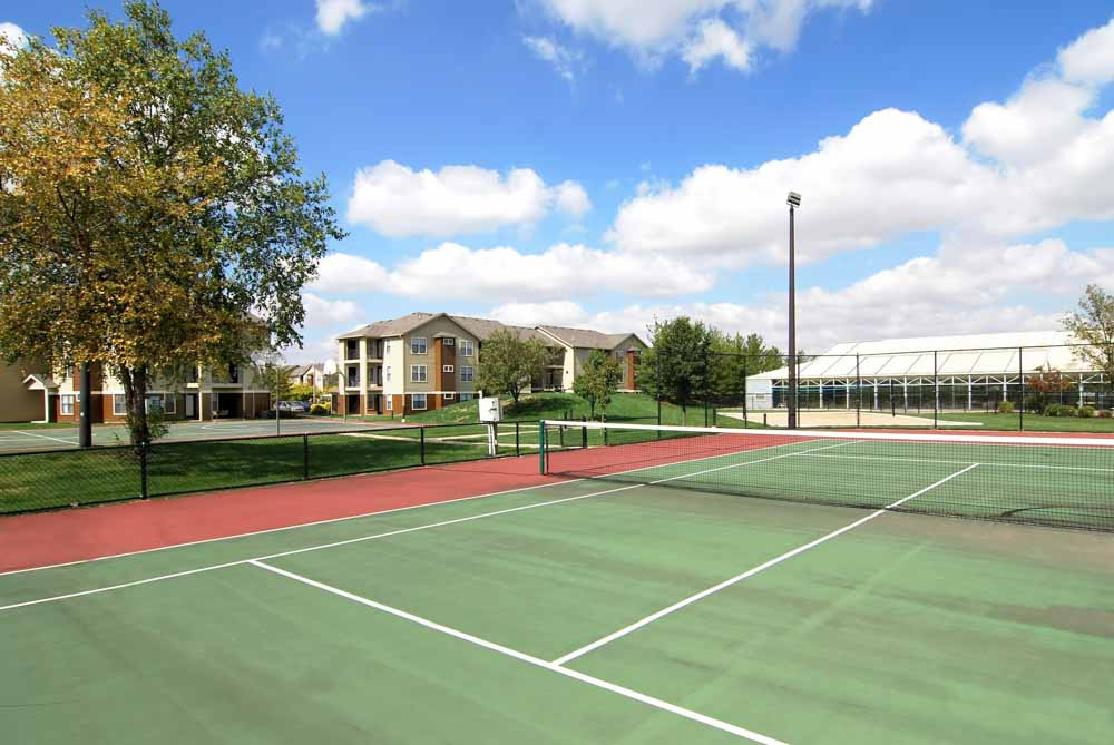 One-North-Urbana-IL-Tennis-Court-Unilodgers