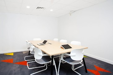 Orchard-Heights-Bristol-Study-Room-2-Unilodgers
