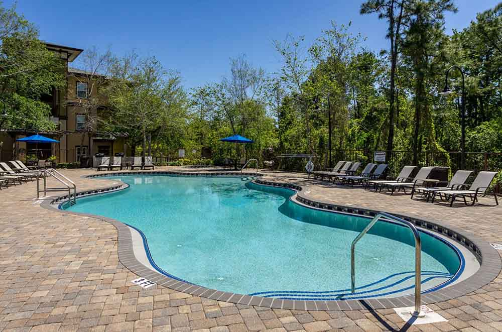 Orion-On-Orpington-Orlando-FL-Swimming-Pool-Unilodgers