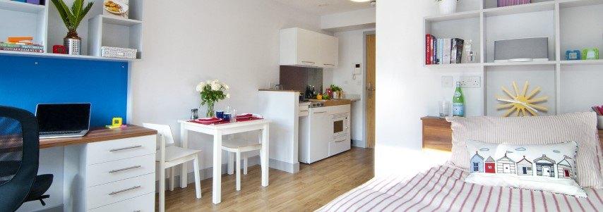 Park-House-Southampton-Studio-Room-3-Unilodgers