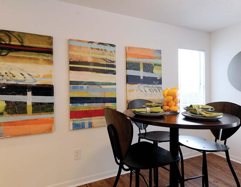 Parker-301-Tuscaloosa-AL-Dining-Table-Unilodgers