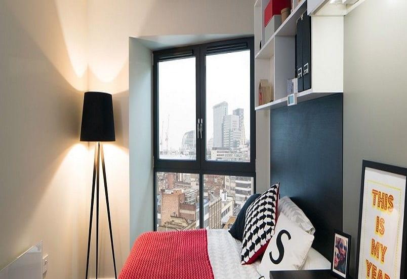 Paul-St-East-London-Penthouse-Bedroom-Unilodgers