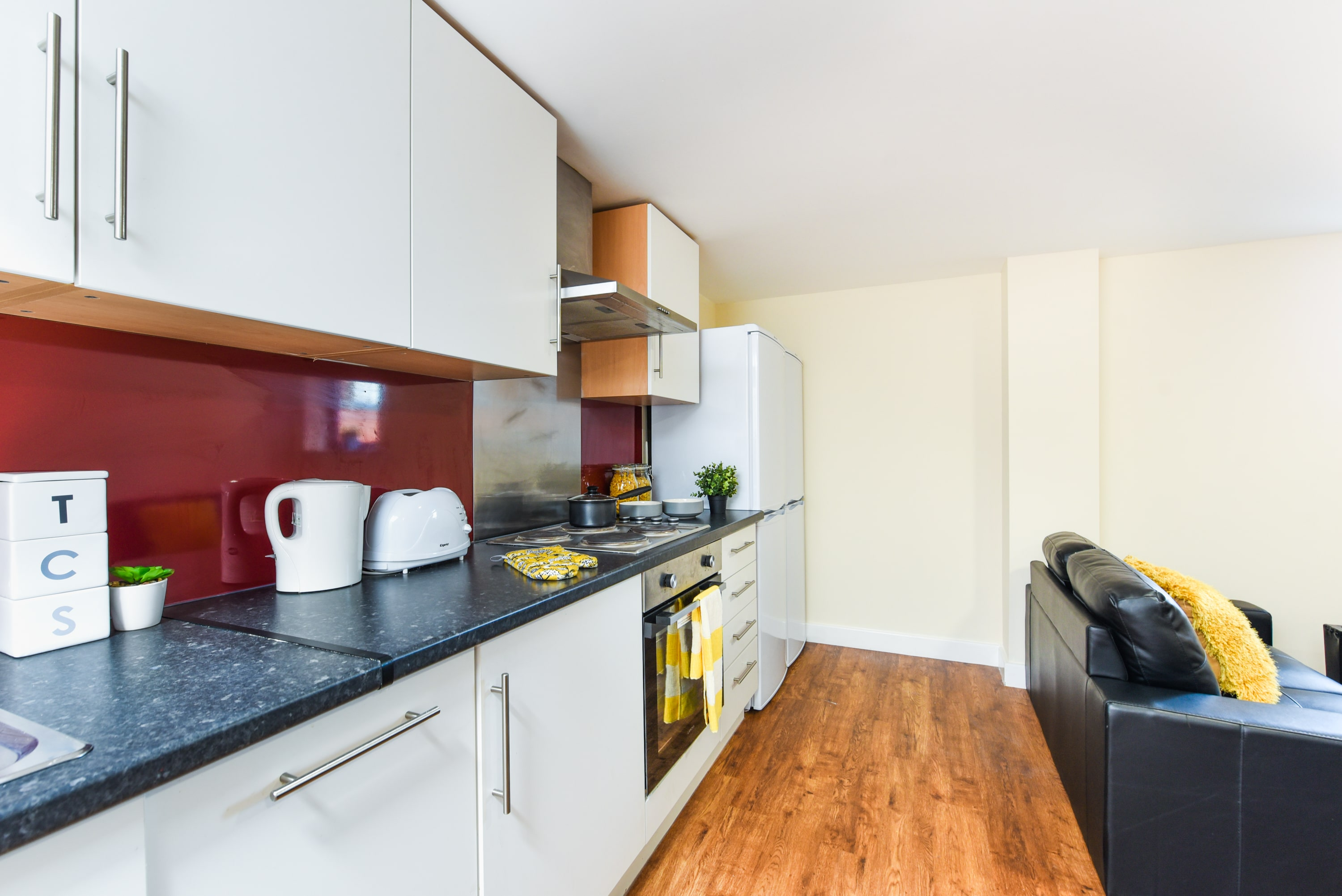 Pickering-House-Sheffield-2-Shared-Kitchen-Unilodgers