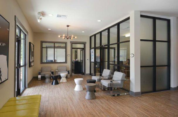 Plato's-Lofts-At-Randall-Wilmington-NC-Common-Room-Unilodgers