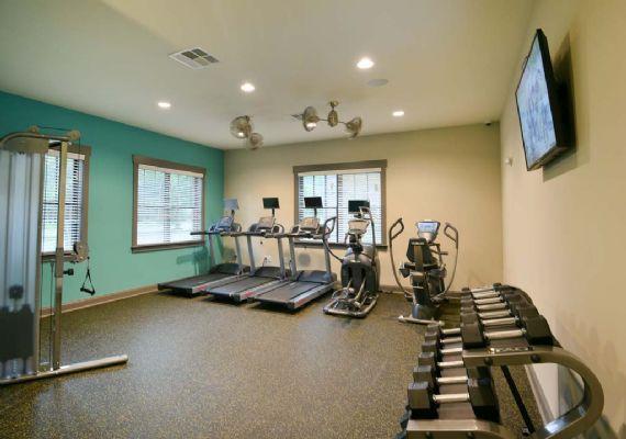 Plato's-Lofts-At-Randall-Wilmington-NC-Gym-Unilodgers