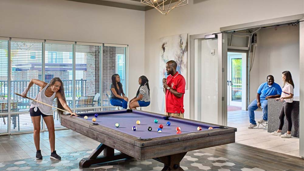 Players-Club-Tallahassee-FL-Pool-Table-Unilodgers