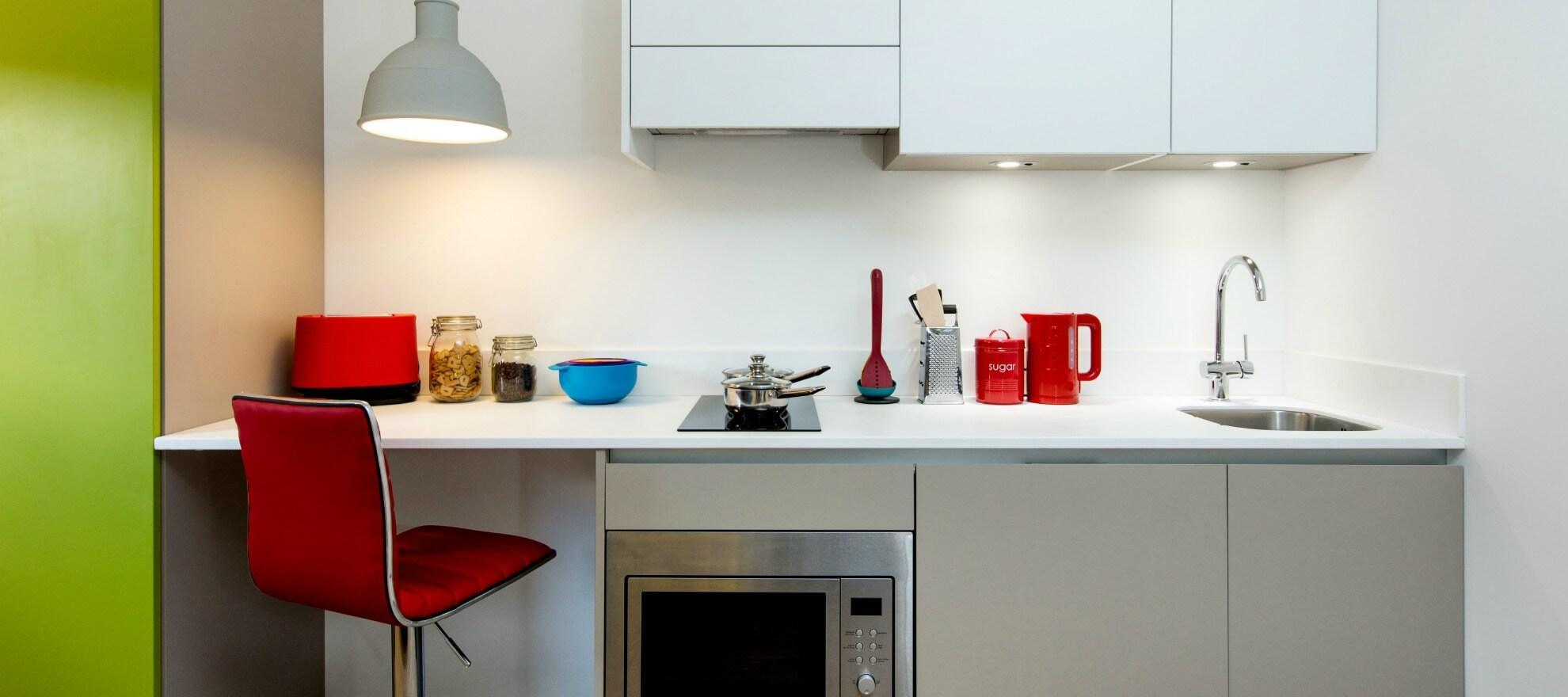 Podium-Egham-Studio-Kitchen-Unilodger