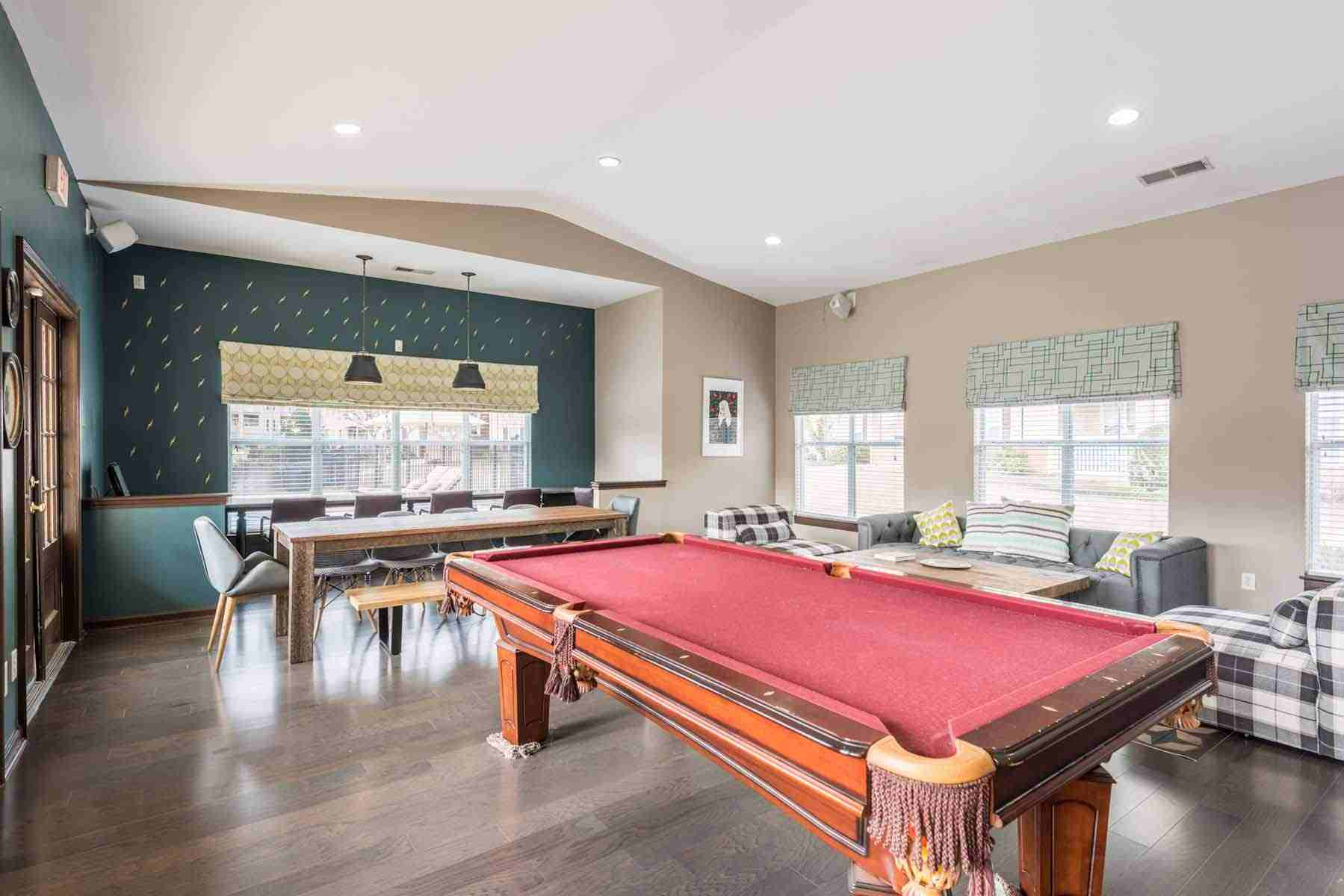 Pointe-At-Troy-AL-Game-Room-Unilodgers