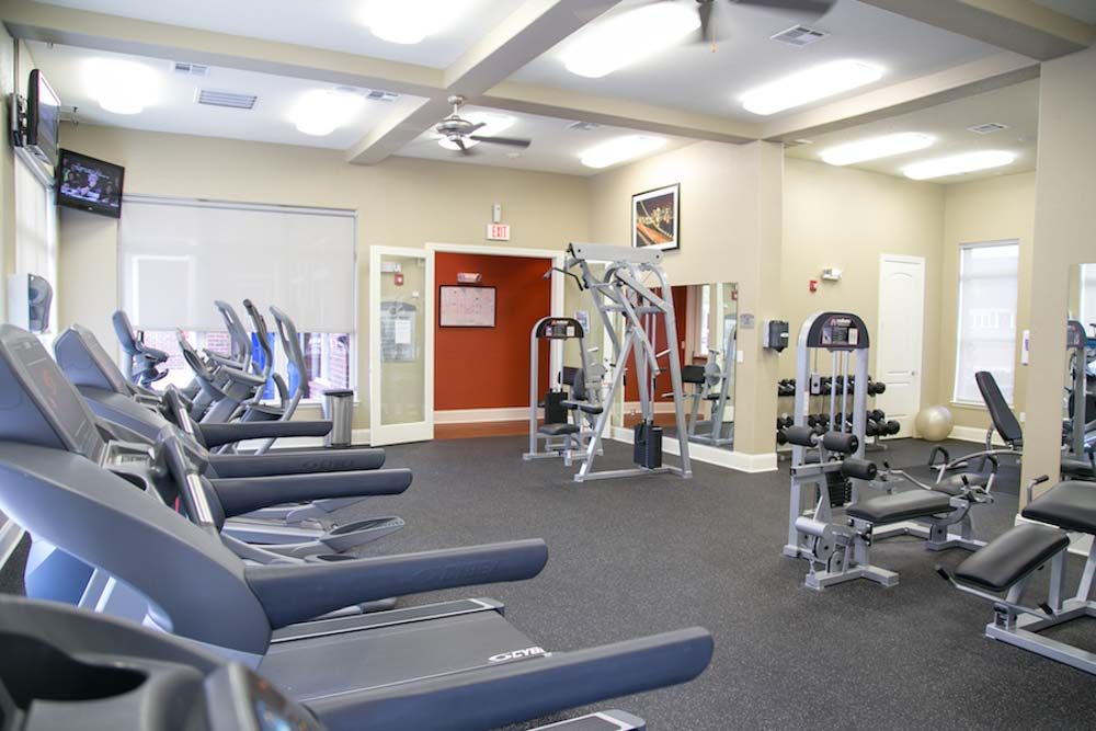 Redtail-On-The-River-West-Columbia-SC-Gym-Unilodgers