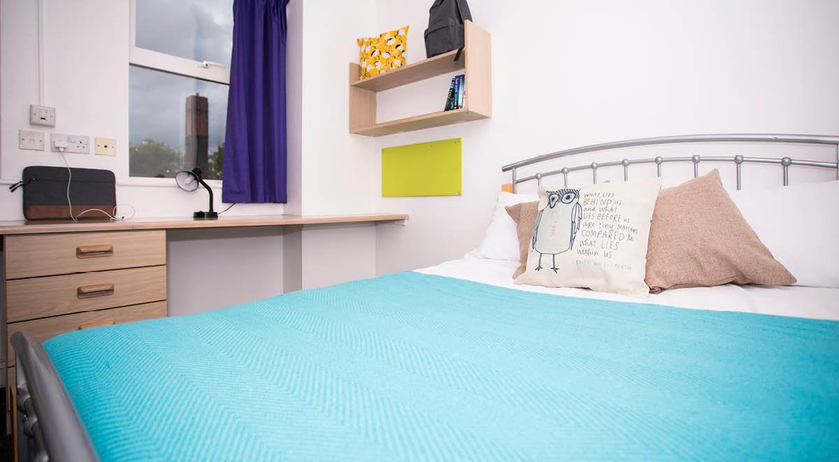 Regency-House-Sheffield-Bedroom-Unilodgers