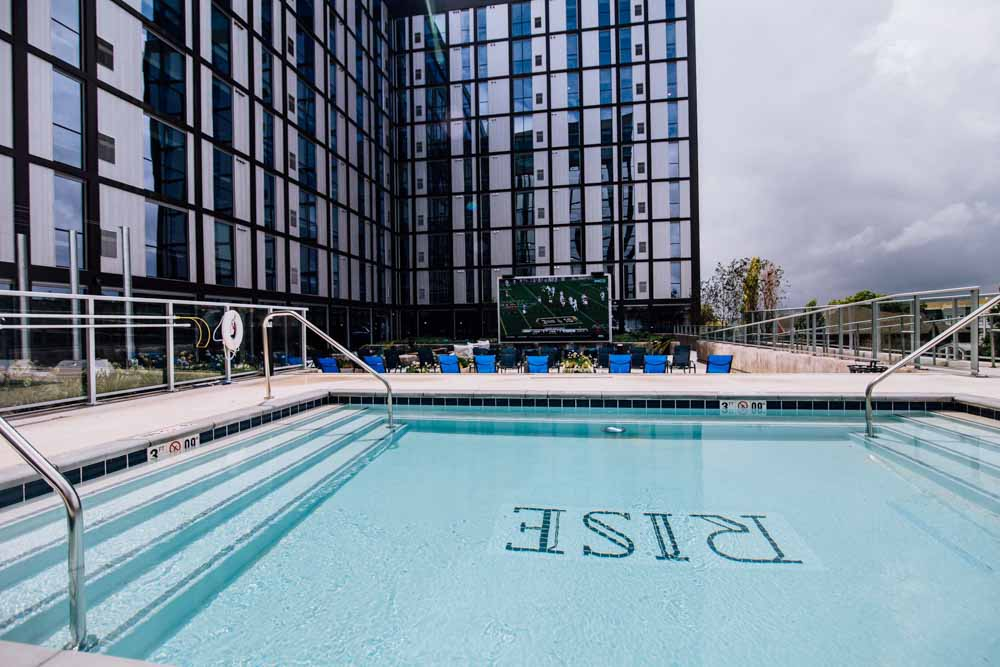 Rise-At-Riverfront-Crossings-Iowa-City-IA-Swimming-Pool-Unilodgers