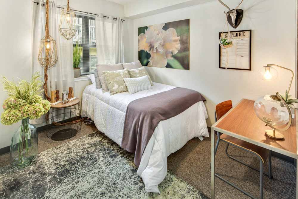 Rise-at-Northgate-College-Station-TX-Bedroom-Unilodgers