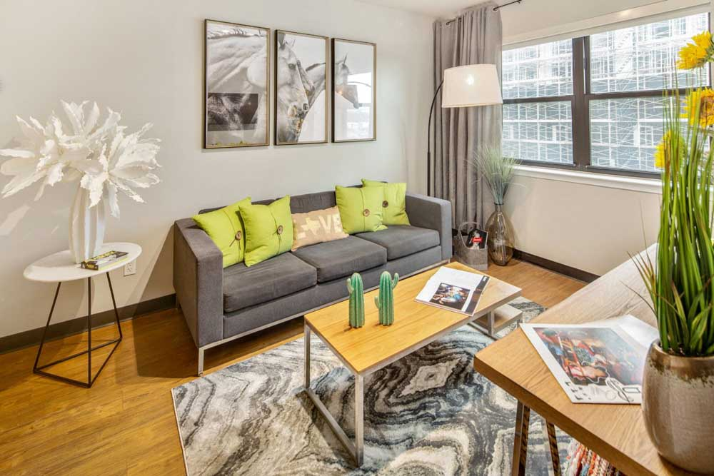 Rise-at-Northgate-College-Station-TX-Living-Room-Unilodgers