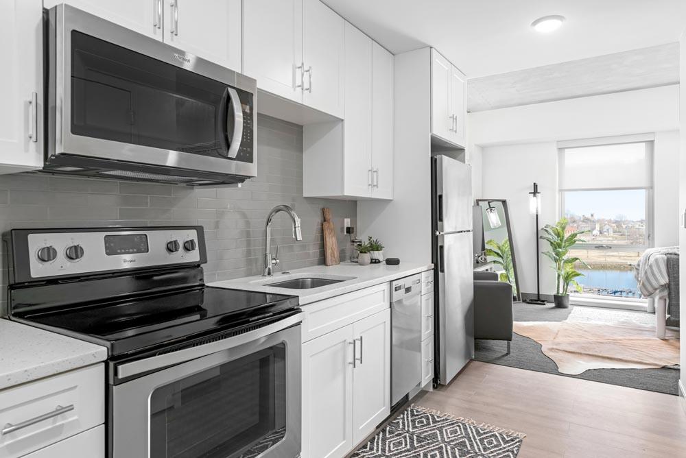 River-House-Providence-RI-Kitchen-Unilodgers