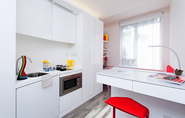 Scape-Mile-End-Canalside-London-Kitchen-Unilodgers