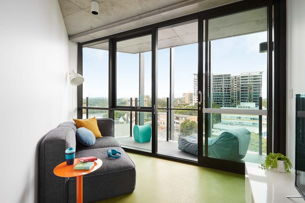 Scape-Toowong-Brisbane-2-Bedroom-Apartment-Balcony-Lounge-Unilodgers