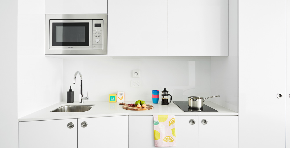 Scape-Toowong-Brisbane-Studio-Apartment-Kitchen-1-Unilodgers