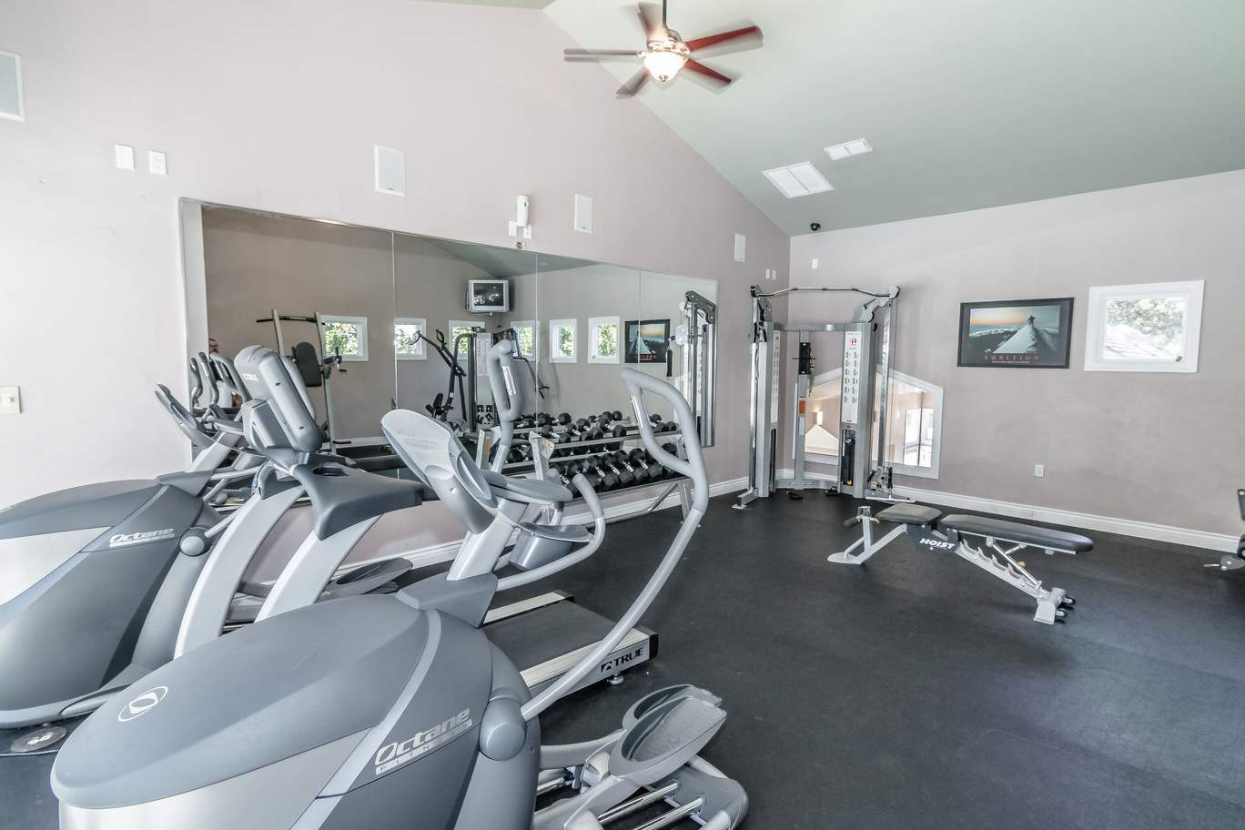 Seminole-Trails-Tallahassee-Fitness-Center-Unilodgers