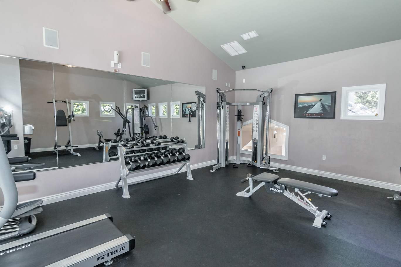 Seminole-Trails-Tallahassee-Fitness-Center2-Unilodgers