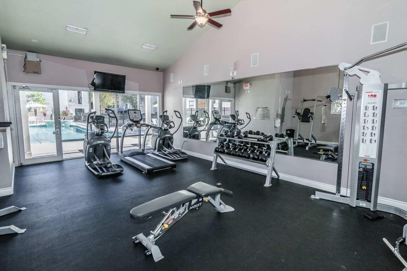 Seminole-Trails-Tallahassee-Fitness-Center3-Unilodgers