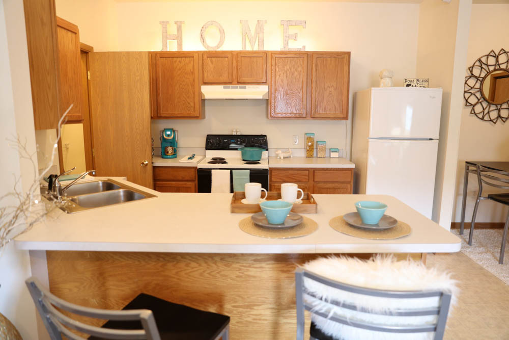 South Duff-Ames-IA-Kitchen-Unilodgers