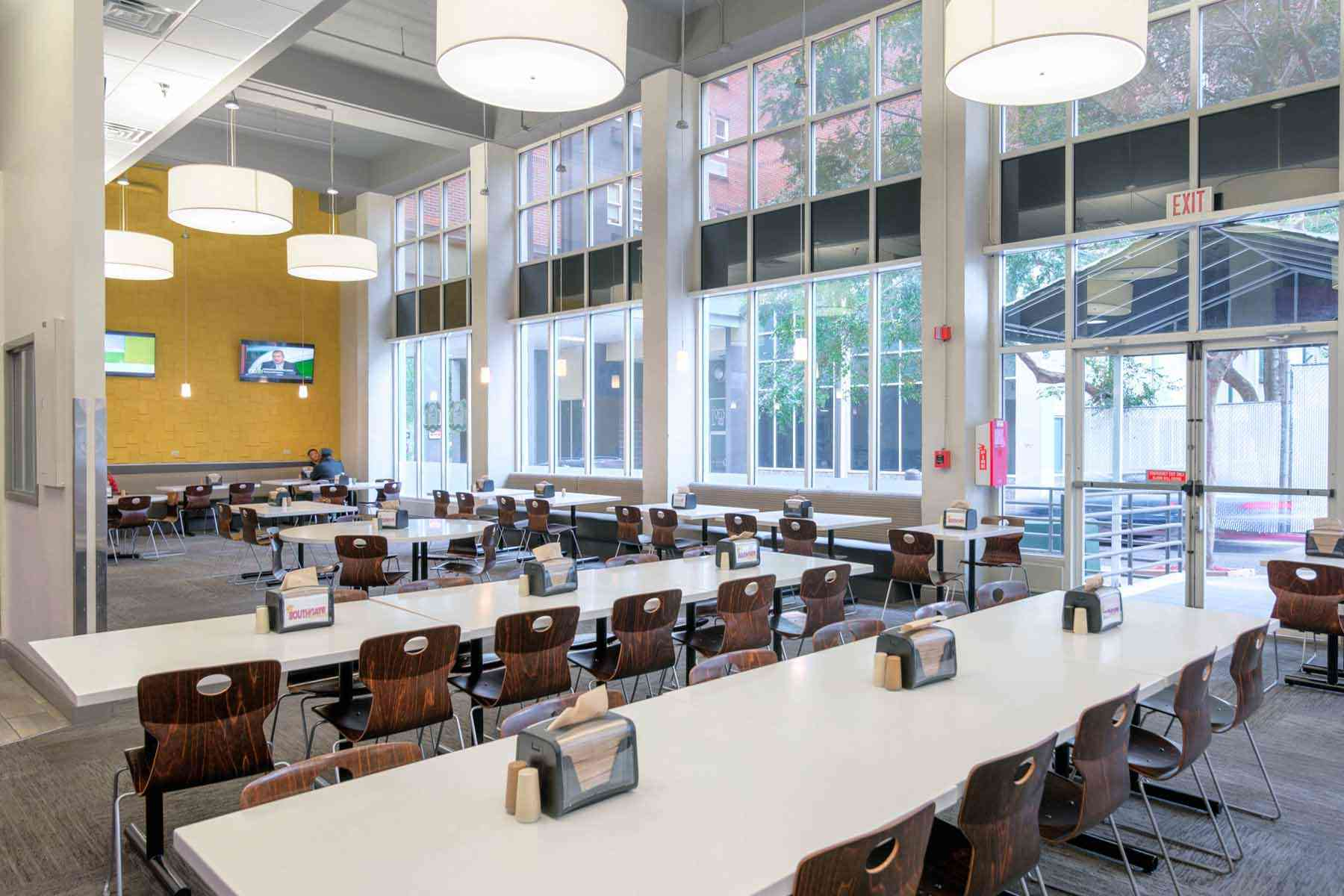 SouthGate-Campus-Centre-Tallahassee-FL-Dining-Area-Unilodgers