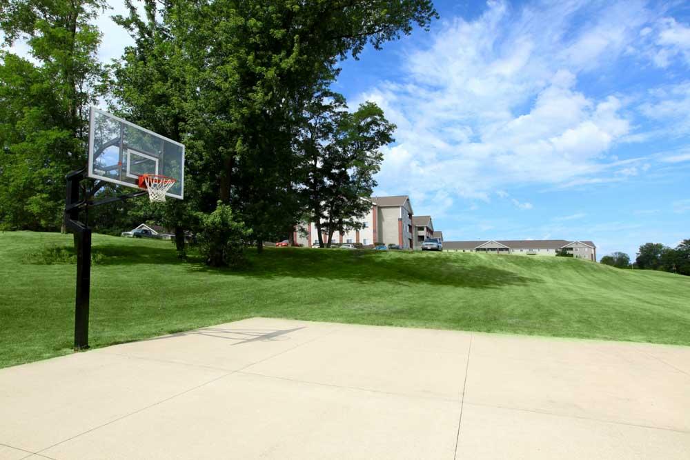South Duff-Ames-IA-Basketball Court-Unilodgers