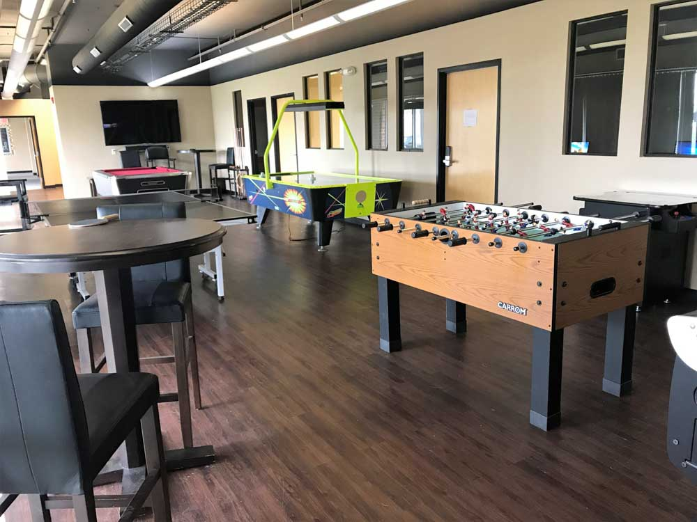 South Duff-Ames-IA-Games Room-Unilodgers