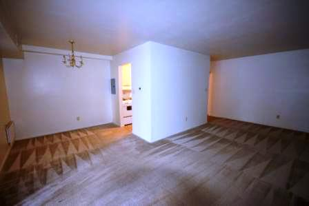 Southgate-Apartments-State-College-PA-Bedroom-Unilodgers