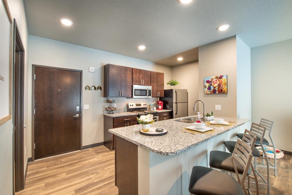 Stadium View Suites-Ames-IA-Kitchen-Unilodgers