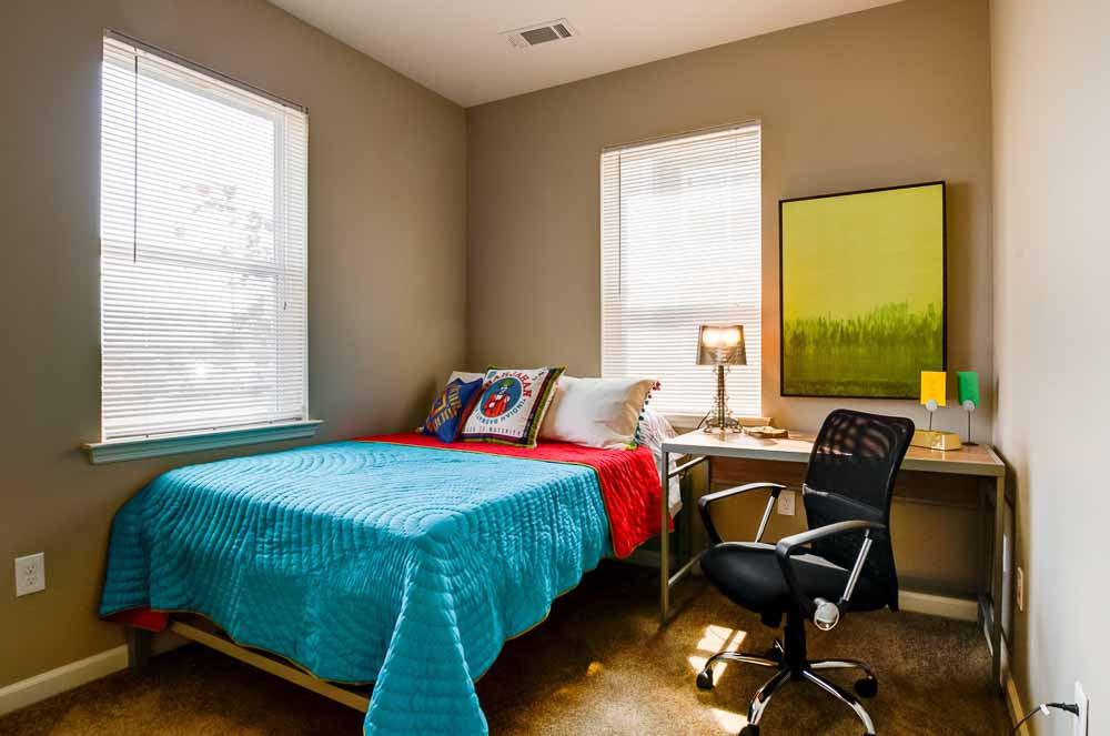 Station-74-Murray-KY-Bedroom-Unilodgers