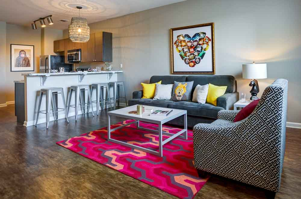 Station-74-Murray-KY-Living-Room-1-Unilodgers