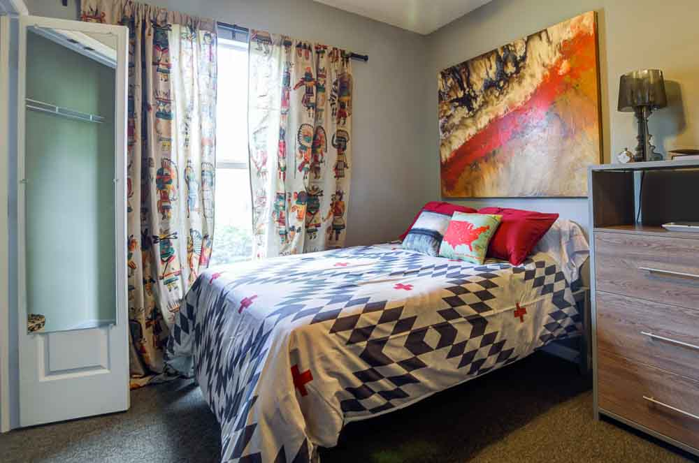 Station-At-Martin-TN-Bedroom-Unilodgers