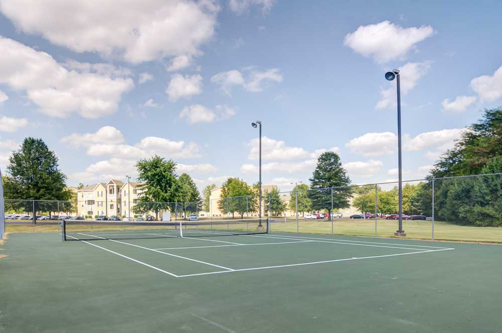 Station-At-Martin-TN-Tennis-Court-Unilodgers