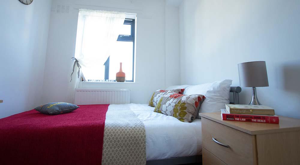 Surrey-Quays-Landale-House-London-Landale-Room-Unilodgers