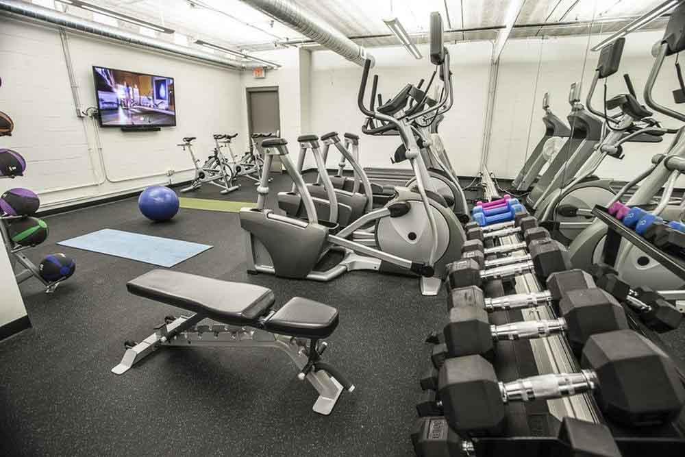 The-700-On-Washington-Minneapolis-MN-Gym-Unilodgers