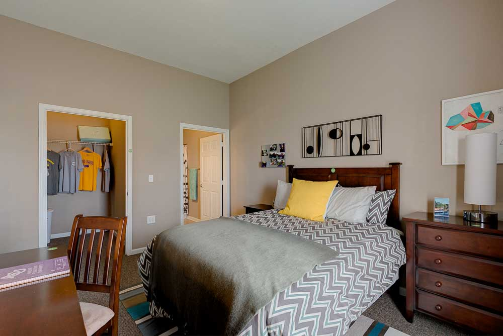 The-Arch-At-Abilene-TX-Bedroom-Unilodgers