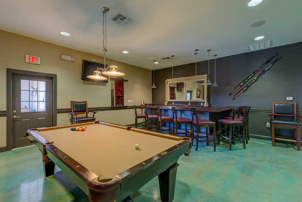 The-Arch-At-Abilene-TX-Game-Room-Unilodgers