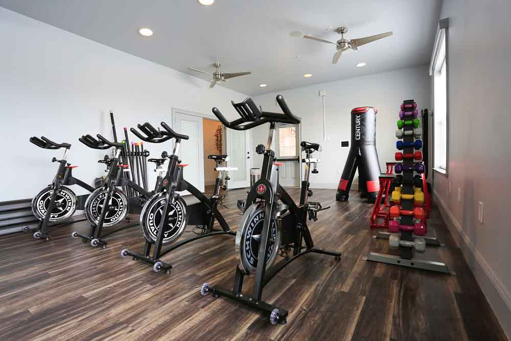 The-Arch-At-Denton-TX-Fitness-Center-Unilodgers