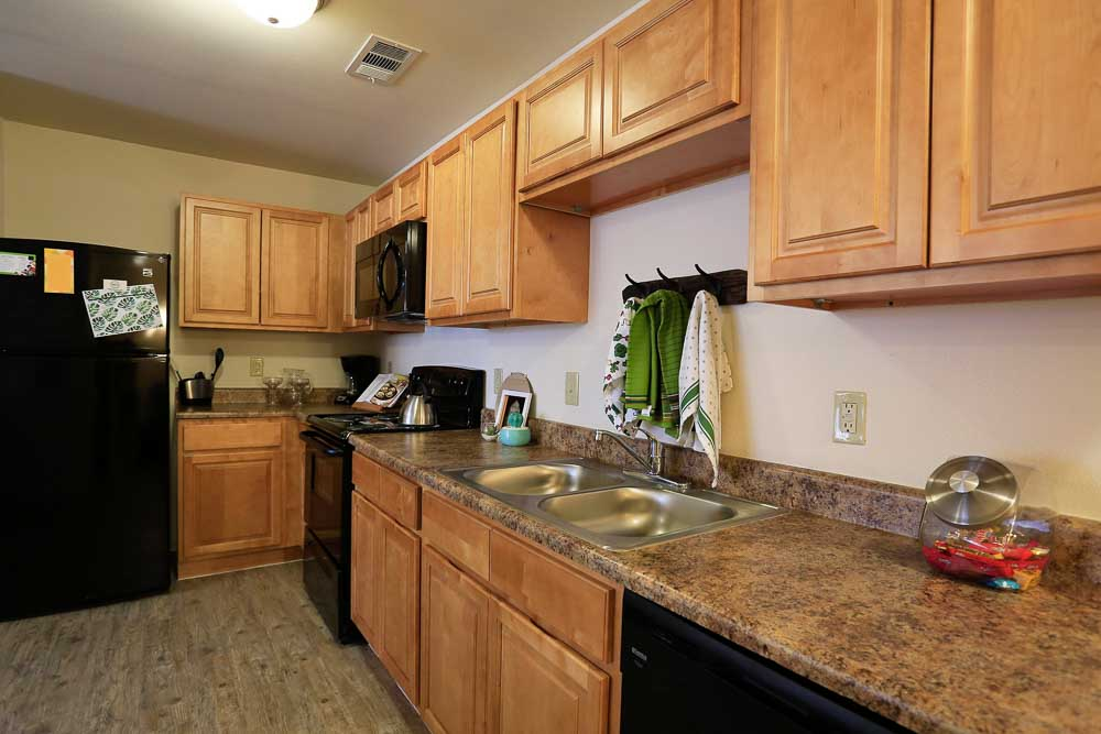 The-Arch-At-Denton-TX-Kitchen-Unilodgers